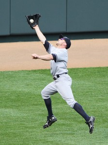 447px-Brett_Gardner_leaping_catch